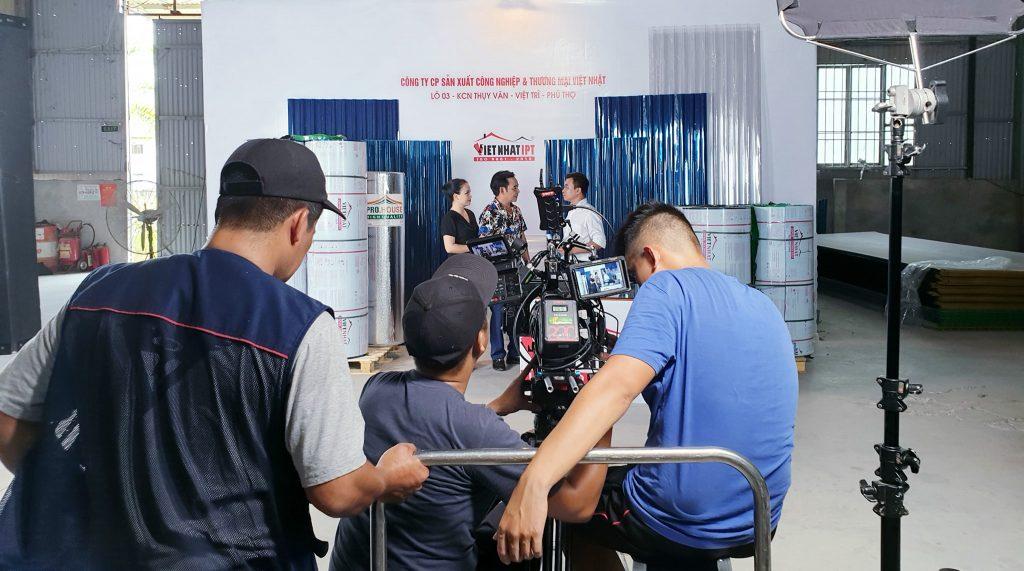 nhân viên sản xuất TVC