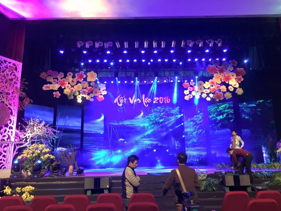 Nhân viên tổ chức sự kiện