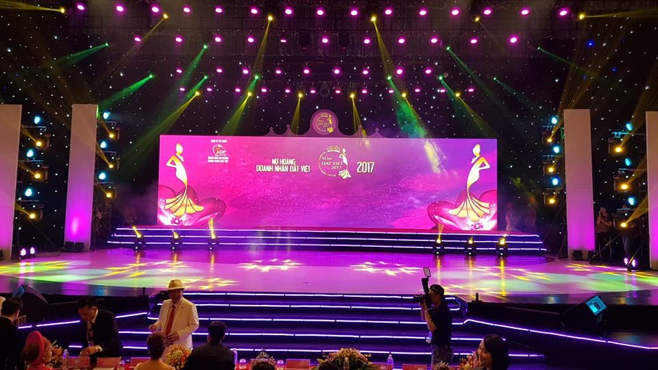 Dịch vụ thi công sân khấu sự kiện Thái Nguyên